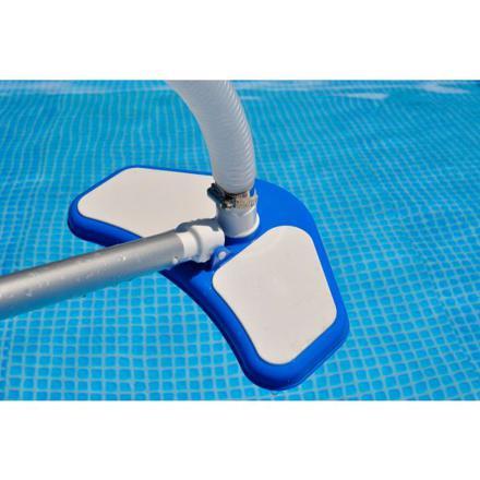 nettoyeur de piscine