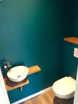 toilette bleu canard