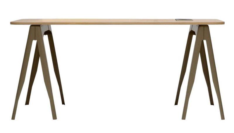 table sur tréteaux