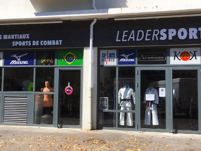 magasin sport nimes